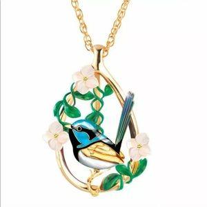 🔥2/$40🔥18K Gold Filled Bird Necklace